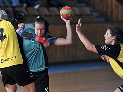 Házenkářky Lokomotivy Cheb porazily doma Pardubice ve druholigovém duelu