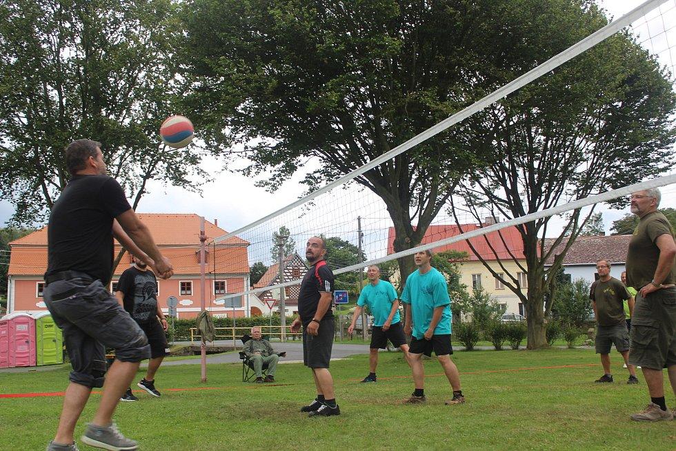 Tradiční srandamač v Milíkově.