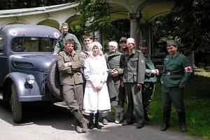 VERONIKA KOHOUTOVÁ hraje v novém filmu Juraje Herze roli lazaretní sestry.