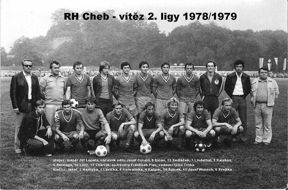 Tým Rudé hvězdy Cheb, který vybojoval v sezoně  1978/1979 postup do nejvyšší československé soutěže.
