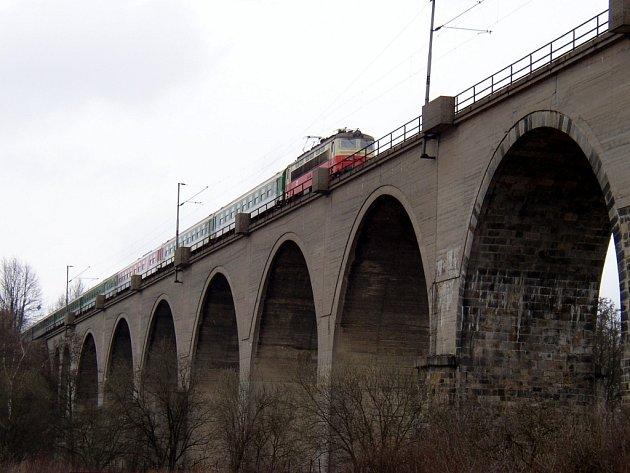 Most na železniční trati Cheb - Františkovy Lázně