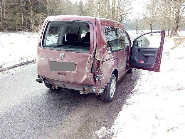 Nehoda na přejezdu se naštěstí obešla bez zranění.