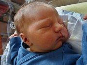 Jakub Dolejš se narodil 8. září v 8:04 mamince Aleně a tatínkovi Jakubovi z Chebu. Po příchodu na svět ve FN Plzeň vážil bráška Gábiny a Michalky 3530 gramů a měřil 50 centimetrů.