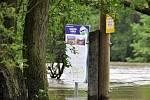 Voda ohrožovala také Chebsko.