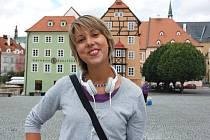 DEVATENÁCTILETÁ Michaela Zelingerová z Chebu je jediná dívka z Karlovarského kraje, která se zapojila do programu Studentského trenérského centra společnosti Microsoft.