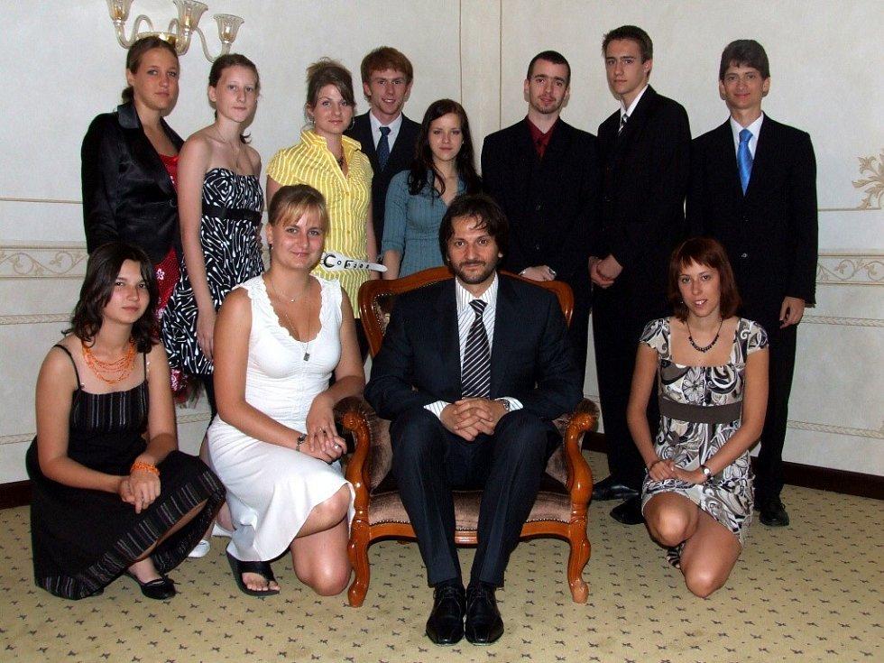 Ministr vnitra Slovenské republiky Robert Kaliňák a studenti