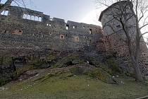 Centrum Chebu je mimořádně dobře zachované, včetně půdorysu, náměstí a zbytků hradeb, a je tedy právem městskou památkovou rezervací.