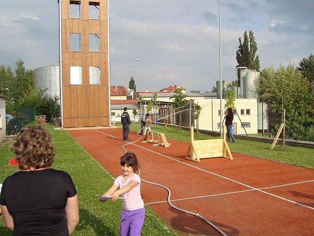 Předškoláci z Lázní Kynžvartu nocovali v mariánskolázeňské hasičské zbrojnici