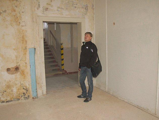 Opravit druhou část budovy bývalého učňovského střediska Aritma zamýšlí ašská radnice.