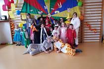 Maškarní karneval v Základní škole a Mateřské škole Stará Voda.