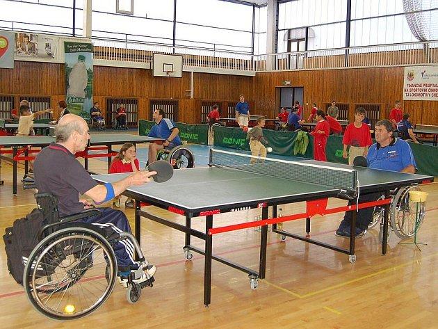 Mezinárodní turnaj vozíčkářů ve stolním tenise Cheb open.