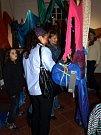 10. října večer byla v ašské galerii Na Háji slavnostně zahájena výstava textilních výtvarnic Evy Beránkové a Ilony Faměrové