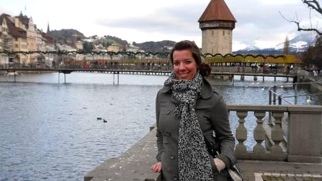 VE ŠVÝCARSKU studuje Petra Červenková z Chebu právnickou fakultu.
