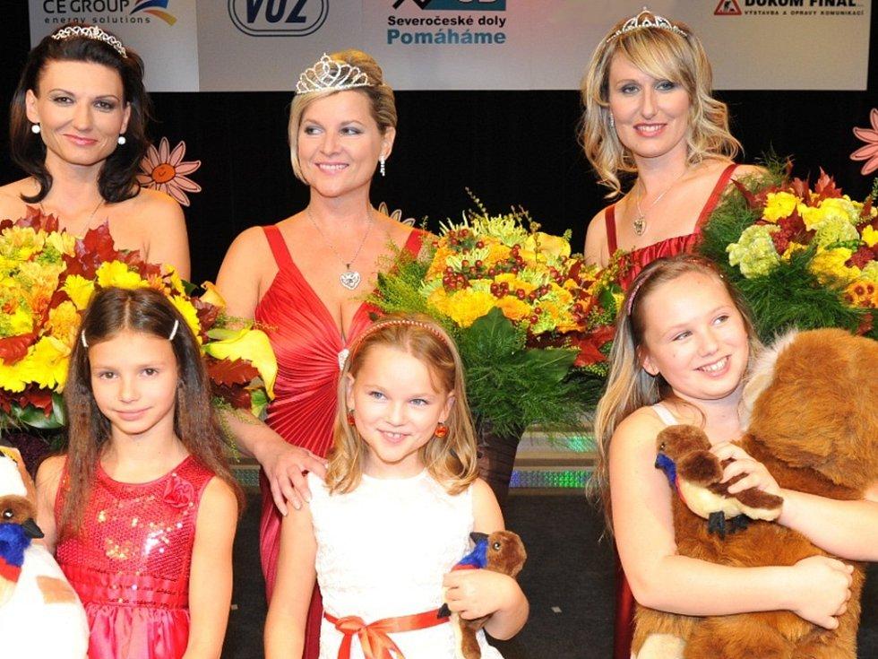 Česká zemská část jubilejního dvacátého ročníku celostátní charitativní soutěže Missis 2013 vyvrcholila v sobotu finálovým večerem v mariánskolázeňském divadle.