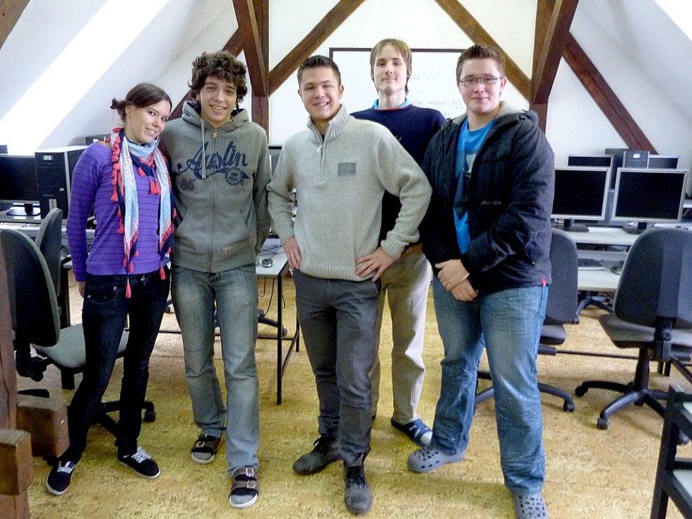 Studenti ze Svobodné chebské školy bodovali v celosvětovém fyzikálním klání.