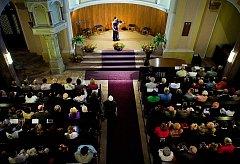 CHOPINŮV FESTIVAL v Mariánských Lázních se těší neutuchající oblibě.