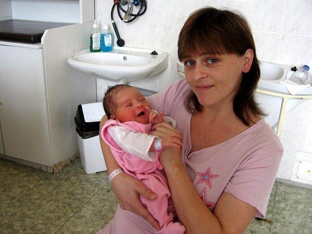 KATEŘINA SLAVÍKOVÁ z Mariánských Lázní přišla na svět 14. listopadu. Měřila 53 centimetrů a vážila 3,49 kilogramu