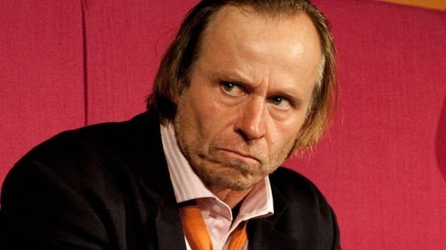 Karel Roden.