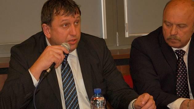 Jakuba Pánika nahradil ve funkci předsedy KVV ČSSD v Karlovarském kraji Miloslav Čermák.