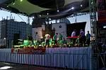"""Okouzlili jste Mexiko, Mexiko vás miluje,"" toto hodnocení si mohou dát do rámečku členové Akordeonového orchestru Alexandra Smutného z Mariánských Lázní."