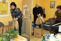 Chebský podnikatel Štěpán de Wolf věnoval mikulášské sladkosti všem dětem z dětských domovů v okrese Cheb