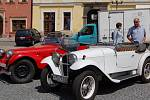 Ozdobou Chebské veterán rallye byla i Jawa 350 rikša.