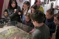 Po 'pilotním běhu', který se uskutečnil vloni, se letos už naostro v chebském muzeu rozjel o jarních prázdninách příměstský tábor.