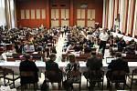 Československé dějiny 50. a 60. let. Takové bylo zadání v prestižním finálovém kole dějepisné soutěže, kterou pořádá Nadační fond Gaudeamus při Gymnáziu Cheb.