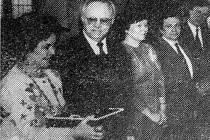 SHIRLEY TEMPLE-BLACK, jak ji při návštěvě Chebska 26. dubna 1990 zachytil objektiv Hraničáře.