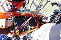 Panskou rozhlednu v Drmoule si vybrala lezecká skupina stanice Hasičského záchranného sboru Mariánské Lázně pro svůj výcvik.
