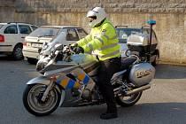 Nový chebský policejní motocykl Yamaha s radarem a nímacím zařízením
