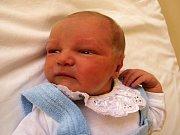 JAN GONÁK z Chebu přišel na svět v sobotu 22. srpna v 6.47 hodin. Při narození vážil krásných 3820 gramů měřil 53 centimetrů.