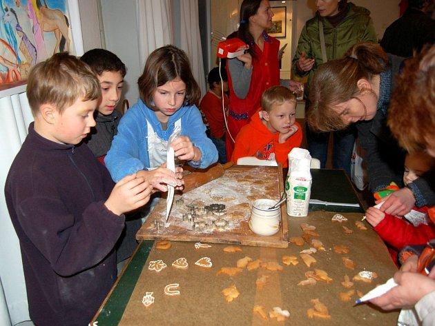 Pečení a zdobení cukroví v chebském muzeu