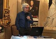 Jiří Grygar přátelsky vyprávěl o rudolfínském astronomovi i současné vědě.