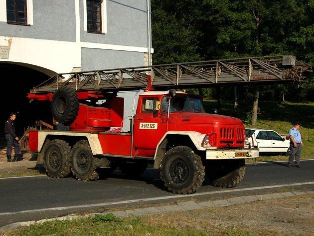 Unikátní hasičský Zil - žebřík z Mnichova u Mariánských Lázní