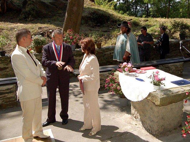 V Podhradí na Ašsku se po dlouhých 63 letech konala svatba.