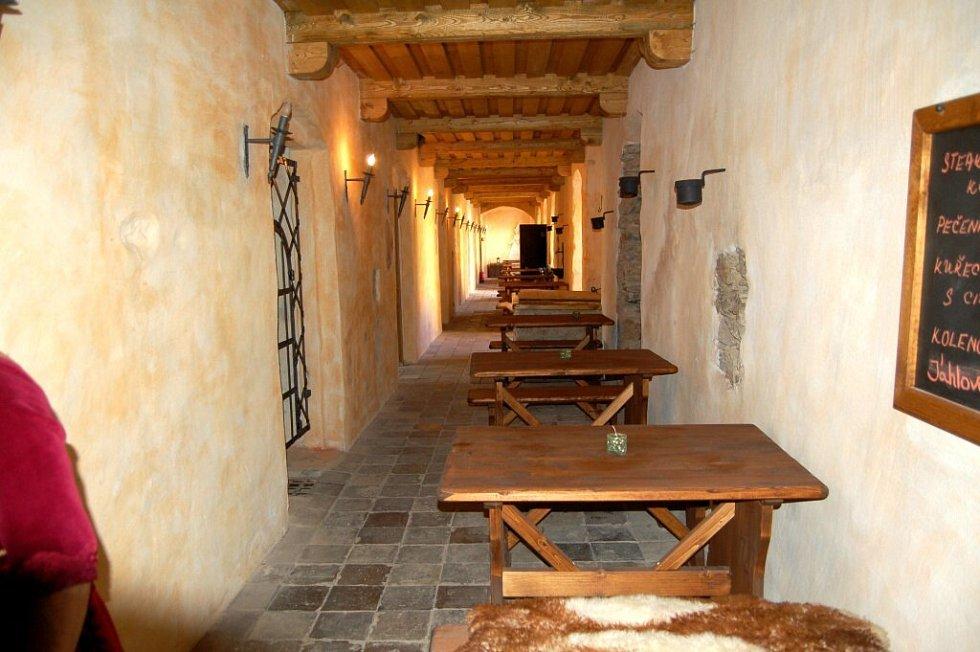 Interiéry zámku Kamenný dvůr