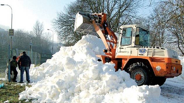 Sníh připravovaný na sprinterské závody