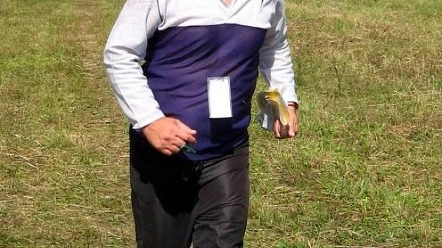 Chebský orientační běžec Jaroslav Jirásek zvítězil v západočeské oblasti v celkovém hodnocení kategorie mužů nad 55 let.