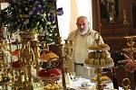 V takové podobě návštěvníci zámku Kynžvart už v sobotu uvidí banket se sladkými pochoutkami. Přípravy na výstavu kompletní stolní soupravy trvaly půl roku.