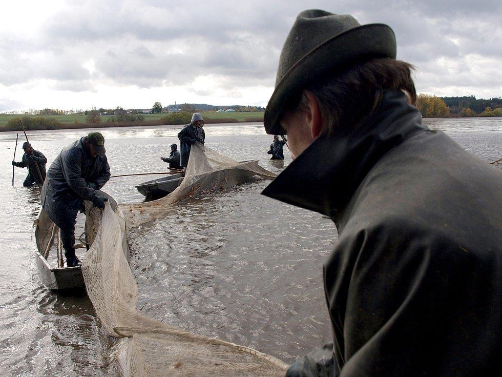 Rybníky vydávají své poklady. A Amerika byla opět velkým lákadlem