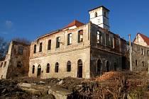 Ruiny hazlovského hradu