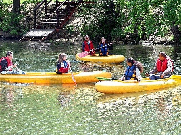Vodáci nemají problém se splavností řeky Ohře