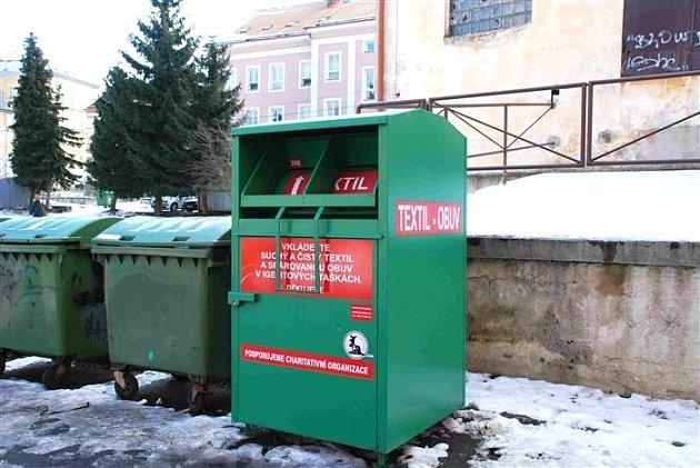 Kontejnery na textil Koutecký v Aši.