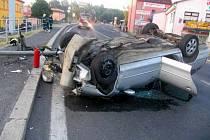 Dopravní nehoda na Ašské ulici v Chebu