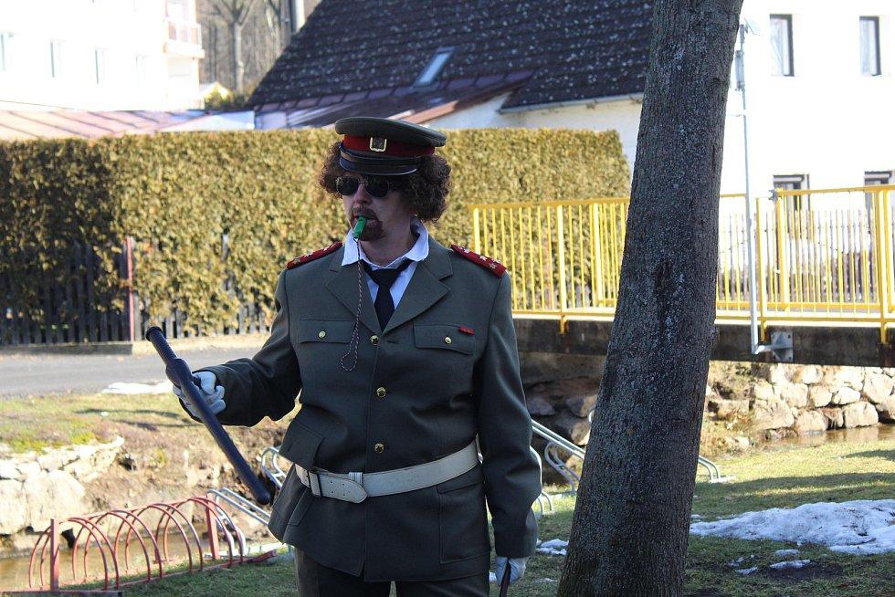 Masopustní průvod se v Milíkově letos uskutečnil posedmnácté.