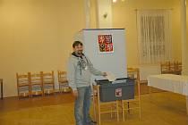 K volebním urnám si v Milíkově našlo cestu 60 procent voličů.