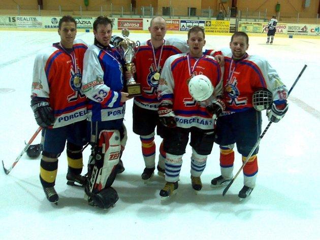 Hokejisté Trstěnic se stali vítězi regionálního přeboru KP 2