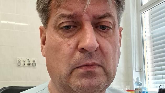 Primář chebské interny Stanislav Adamec.