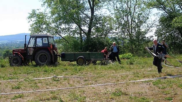 Dobrovolný hasič František Eder z Podlesí nahrazuje  rychlost zkušenostmi